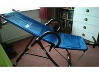 Abdominal exercise chair