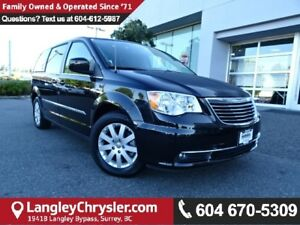 2015 Chrysler Town & Country Touring w/2 Row Stow 'N Go & POW...