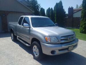 2004 Toyota Tundra SR5 Access Cab Pickup Truck - Great Condition