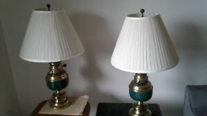 pair of hunter green table lamps