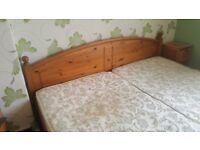 Queen bed pine