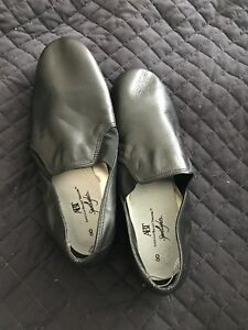 Jazz Shoes, Ladies Size 8