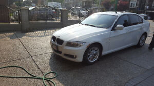 2011 BMW 3 Series Beautiful Loaded 323i (No Accident)