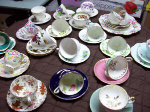 VINTAGE CUPS AND SAUCERS + PLATES - AYNSLEY/PARAGON/ROYAL ALBERT