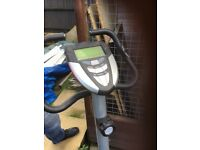 Exercise bike in good condition hardly used