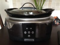 Crock Pot Family size slow cooker