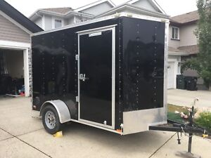 6x10' V-Nose Enclosed Trailer