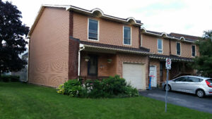 12D Arnold Drive, Bells Corners, For sale by Owners!