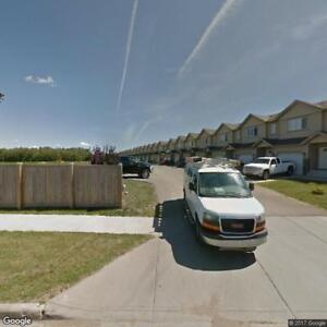 Beautfiul Townhome for Rent in Stony Plain! Attatched Garage!!