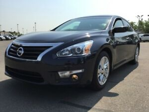 2013 Nissan Altima 2.5 SV Accident Free,  Heated Seats,  Sunroof