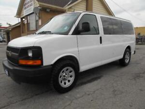 2012 CHEVROLET Express 1500 LS AWD 8Passenger ONLY 90,000KMs
