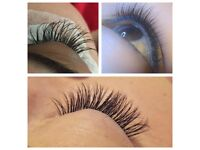Individual eyelash extensions / Threading