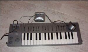 Yamaha CS-01 analog PWM Synth + BC1 RARE !!