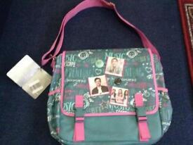 Messenger bag or school bag
