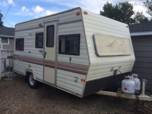17 foot West-Wind Travel Trailer