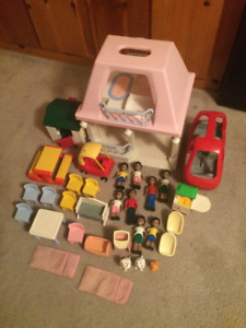 Little Tikes dollhouse doll house