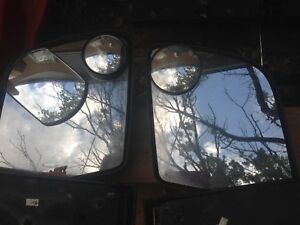 E 150 and F150 Ford mirrors