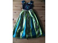 Genuine Disney Frozen Dress size 7-8 years Excellent Condition hardly worn