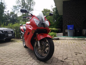 2005 VFR w/Givi Side Bags - Ride and Tour Ready