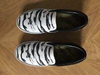 UK4 Black & White Camo canvas maharishi trainers