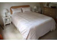 Pure silk king size Duvet Cover plus four Pillow Cases