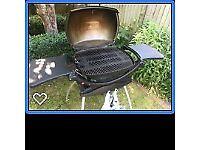 Large Grill Weber Q 2200 portable BBQ with detachable stand in great condition