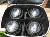 Set of Drakes Pride Professional Bowls Size 5H