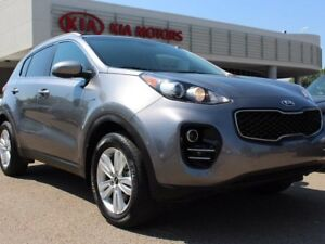 2017 Kia Sportage LX, HEATED SEATS, BACKUP CAM, BLUETOOTH, AUX/U
