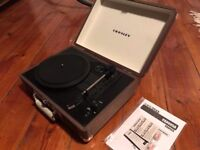 Crosley cruiser portable record player
