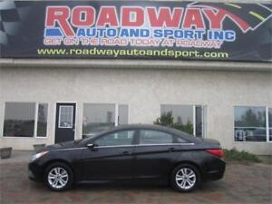 2014 Hyundai Sonata GLS  SUNROOF  POWER SEAT  PST PAID