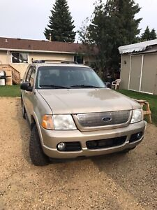 Ford Explorer 2005 Automatic Gold