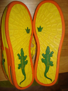 Men's Shoes Size 10 in New Condition