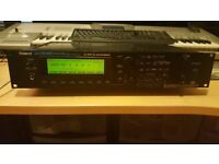 ROLAND JV 2080 with 6 EXPANSON CARDS