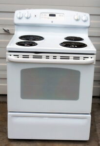 GE 4 Burner Stove- Very Good condition, Self-Clean