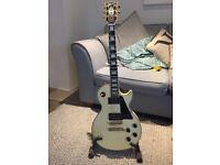 les paul Gibson 1987 custom electric guitar Alpine white