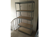 Bolt-less stacking rack - 35,5in x 71in x 15,5in