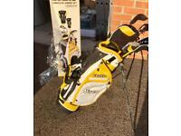 Boys full set of golf 🏌 clubs 1 left, 1 right for sale