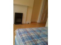 SINGLE ROOM FOR ONE PERSON (DOUBLE BED) IN BRIXTON HILL - £600 PCM - ALL BILLS