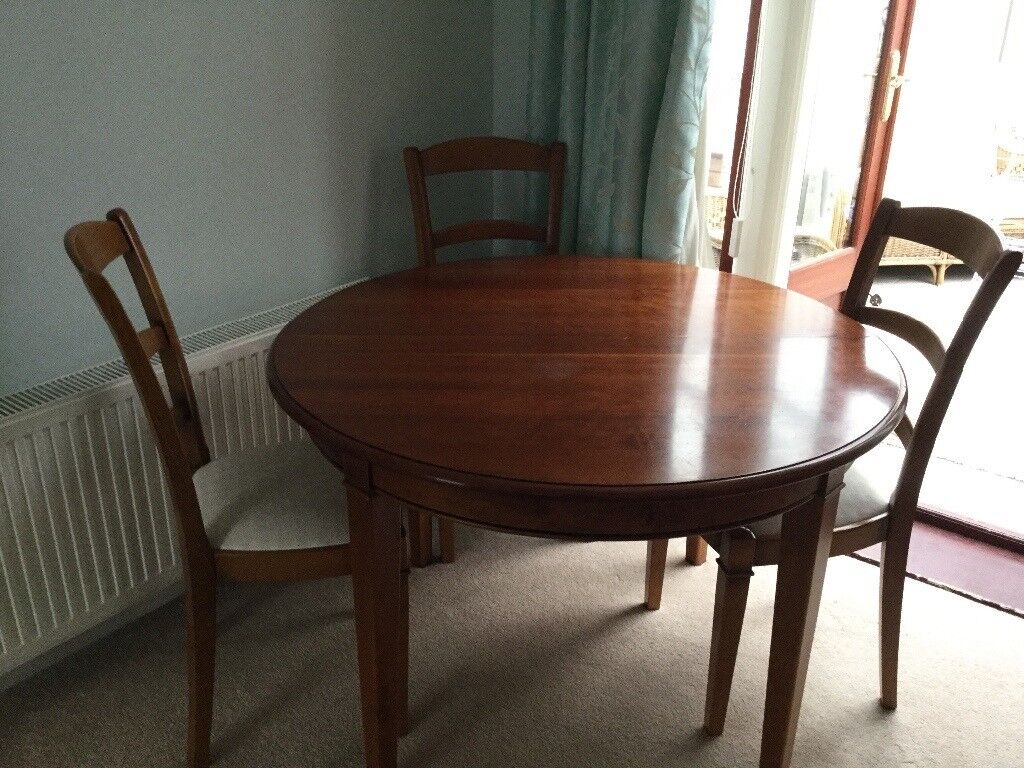 Round Extending Dining Table With 4 Chairs French From Fenwicks