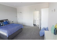 *NO AGENCY FEES TO TENANTS* Double bedroom with en-suite available now to couples in BS34
