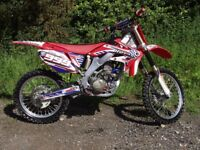 HONDA CRF 250 R TWIN PIPE 2008 not RM, KTM,KX,YZ , OFF ROAD BIKE.