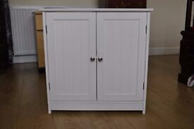 Comtemporary White Toilet Cabinet