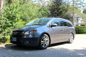 2014 Honda Odyssey Touring Minivan FULLY LOADED