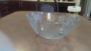 Crystal Bowl with Leaves