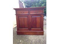 Beautiful 2 door mahogany sideboard