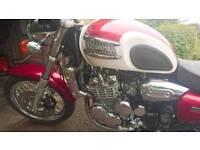 Triumph thunderbird 900 2002. Mint.