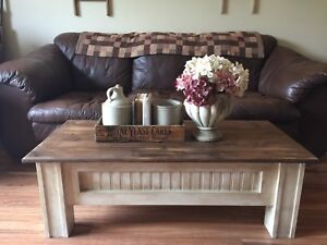 Beautiful Custom Made Coffee Table with End Tables