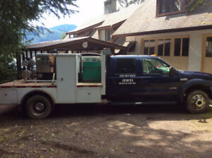 WELDING TRUCK/WELDING RIG - 2006 Ford F-550 - 140,000kms