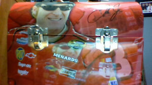 Signed Dale Earnhardt Jr vintage Metal lunchbox Never used