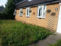 SWAPPING 5 BEDROOMS BUNGALOW
